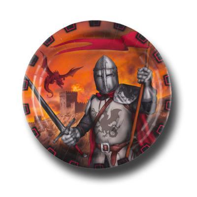 8 Pappteller mit abenteuerlichem Ritter Motiv.