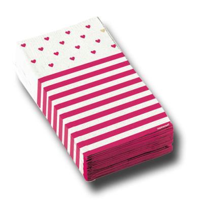16 pink-weiße Servietten mit Herzen Muster.