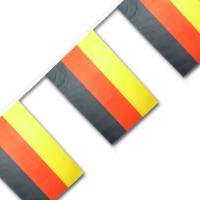 1 Fahnengirlande mit Deutschland Flaggen 2,7 m.