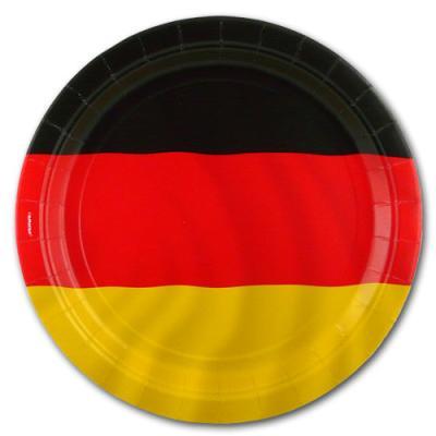 8 schwarz-rot-gelborange gestreifte Pappteller im Design der Deutschland Flagge.