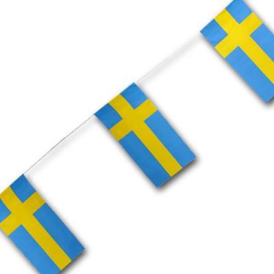 Fahnenkette Schweden mit gelbem Kreuz auf blauem Hintergrund