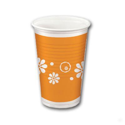 Orange Plastikbecher mit weißen Blumen Motiven, passend für eine Strandparty oder ähnliche Mottopartys.