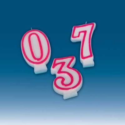 Weiße Zahlenkerzen von 0 bis 9 mit roter Umrandung zur Auswahl.