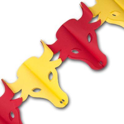 Originelle Papiergirlande mit roten und gelben Stierköpfen