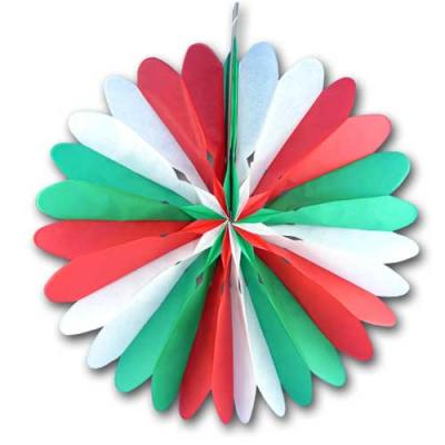 1 Rosette (Dekofächer) aus schwer entflammbarem Papier und Karton in den Farben grün-weiß-rot.