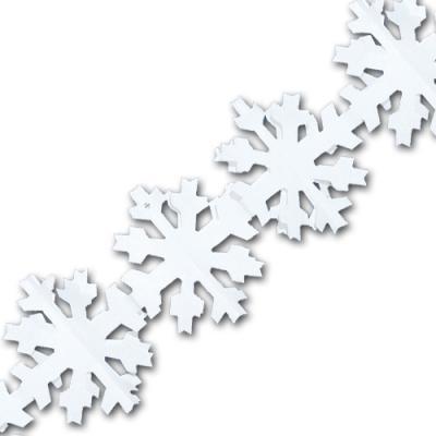Weiße Girlande im Schneeflocken Design für die passende Winterdeko.