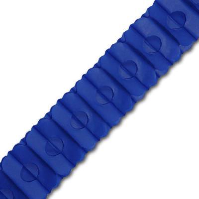 Blaue Girlande aus Seidenpapier. ca. 3 m Länge, ca. 10 cm DM