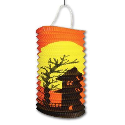 Orange Zuglaterne mit gruseligem Halloween Motiv.